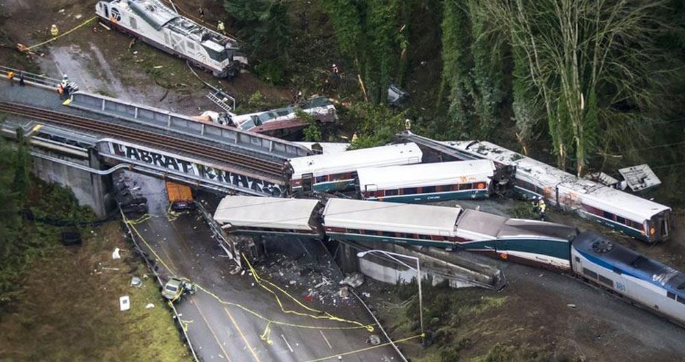 Amtrak train derailed, Seattle, I-5, infrastructure, Donald Trump