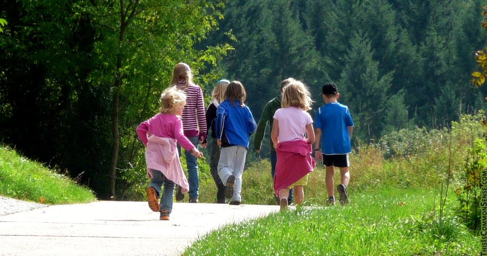 free range, freedom, Utah, children, walk, outside, law, hysteria